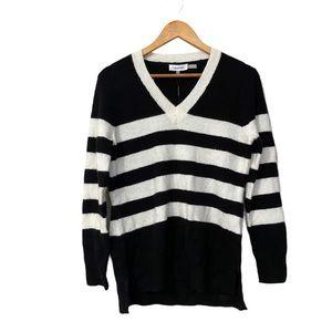 Calvin Klein Vneck Striped Sweater size S